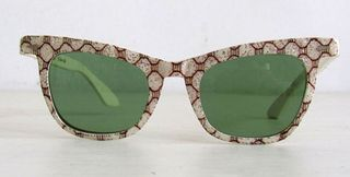 Vintage-cat-eye-sunglasses-april2012